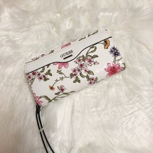 🌸New🌸Guess floral wallet